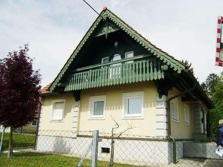 Solides Landhaus in erhöhter sonniger Lage