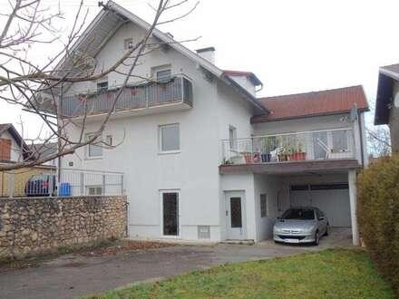 Anlagemöglichkeit: vermietetes Zweifamilienhaus am Stadtrand
