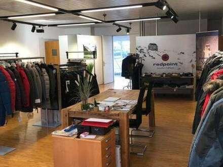 KAUF ANLAGE: Vermietetes ca. 93 m² Lagerkollektionsraum/Büro in der Fashion Mall Salzburg-Kasern
