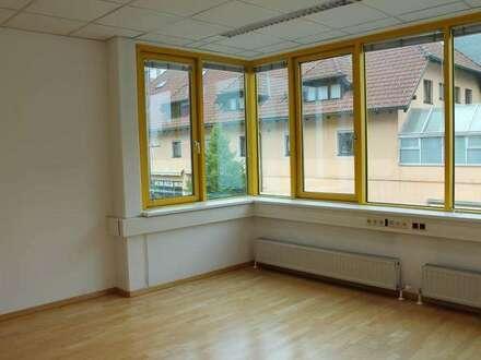 Schöne Büro-Räumlichkeiten am Bahnhof Bludenz!