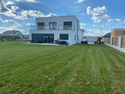 Neubau Haus Engabrunn mit Garten