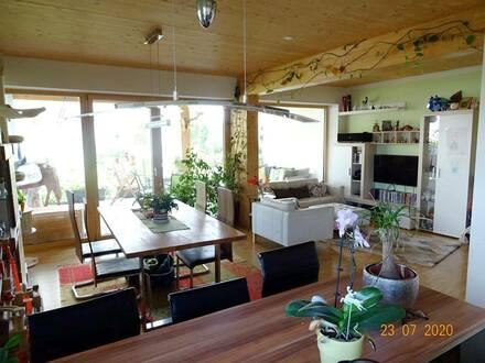 PROVISIONSFREI! Großzügige 3-Zimmer-Gartenwohnung in Grünruhelage