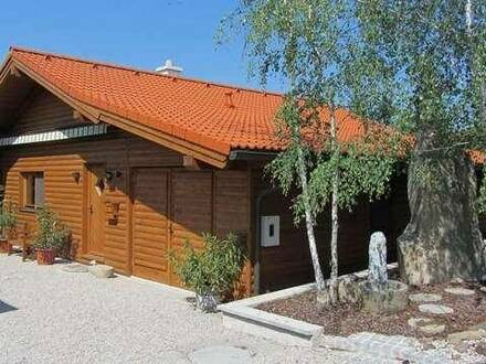 Holzhaus mit Garten in Gars am Kamp