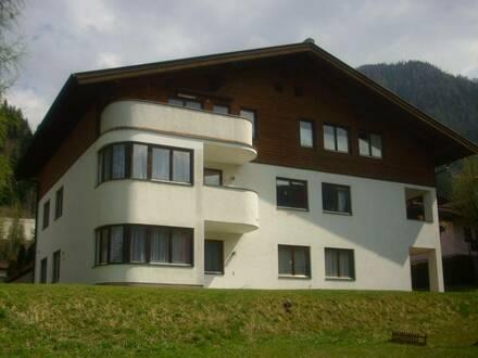 4 Zimmer Mietwohnung 77 m² im Erdgeschoss und Terrasse mit Gartenbenützung