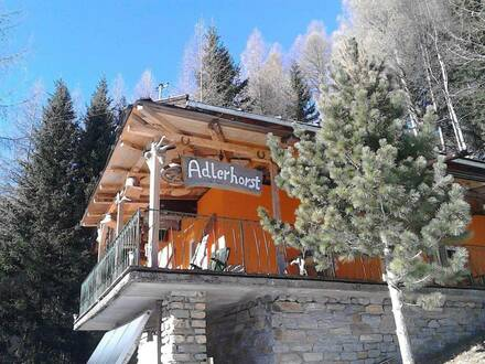 Sonniges Hüttenfeeling auf 1400m Seehöhe am Skigebiet Großglockner