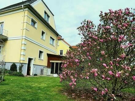 Wohn- und Geschäftshaus, zentral, ruhig mit schönem Garten