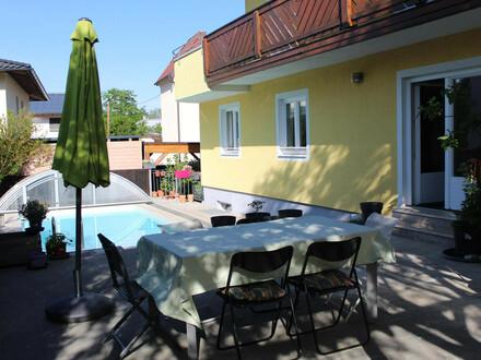 Große Wohnung mit Garten, Pool und Carport