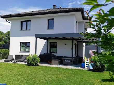PRIVATVERKAUF!!! Exklusives Ziegelmassiv-Einfamilienhaus in einer ruhigen Wohnsiedlung im Osten von Klagenfurt