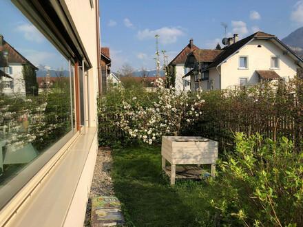 Idyllische Gartenwohnung im Zentrum ohne Makler 98m2 WF + 157m2 Garten