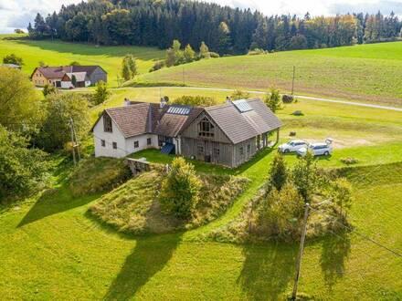 WALD-LAND-HOF Schloss Rosenau können sie auch mieten