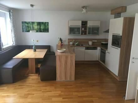 PROVISIONSFREI: wunderschöne, ruhige 4-Zimmerwohnung mit 3 Parkplätzen (2xTG, 1xAAP) im Kurort Bad Häring zu verkaufen