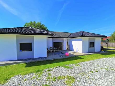 Traumhafter Bungalow Nähe Badesee