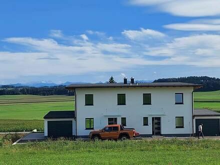 NEUBAU 181m2 BAUMEISTERHAUS Doppelhaushälfte Innviertel mit Alpenblick