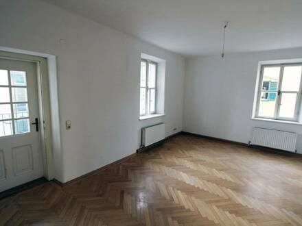 2-Zimmer Altbauwohnung | Loggia | attraktiver Altbau | nahe Musikum an der Salzach