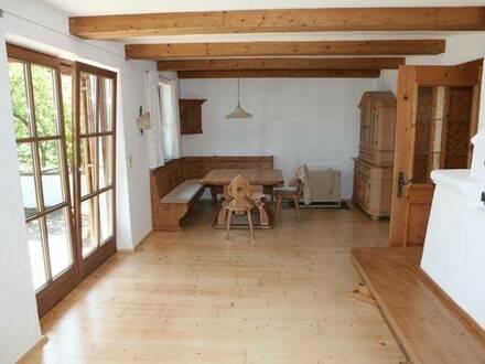 Schöne 3 Zimmer Erdgeschosswohnung mit Terrasse in Kranebitten