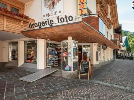 Geschäftslokal in gut frequentierter Lage in Söll zu mieten!