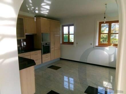 Bezaubernde Wohnung, nur wenige Minuten vom Obertrummer-See in Seeham entfernt, zu vermietet!!