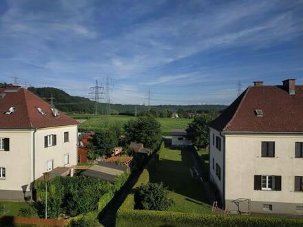 Ernsthofen, freundliche DG-Wohnung günstig zu vermieten!