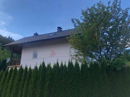 Großzügiges Einfamilienhaus am Waldesrand