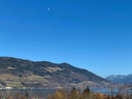 Mondsee: Moderne 2 Zi-Whg. mit weitläufiger Terrasse + atemberaubenden Seeblick incl. 2 TG-Plätze!