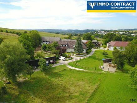 <B>Stadtnaher, landwirtschaftlich nutzbarer Landsitz mit Pferdehaltung (Liegenschaftshälfte - parifiziert)</b>