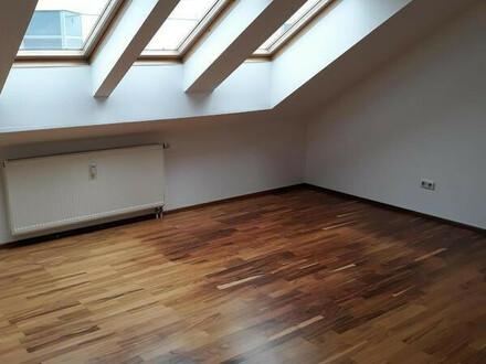 Charmante Wohnung im Dachgeschoß