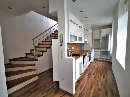Schicke 3 Zimmer Maisonette mit viel Freifläche (Terrasse + Balkon): kein Lift !!!