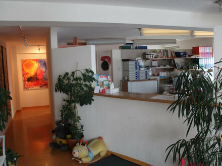 St. Johann in Tirol: 104 m² BÜROFLÄCHE: - Praxis - Kanzlei - Büro in TOP-LAGE -