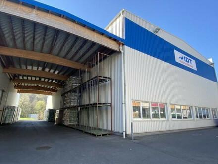 Lagerhalle im Gewerbegebiet in Hart bei Graz