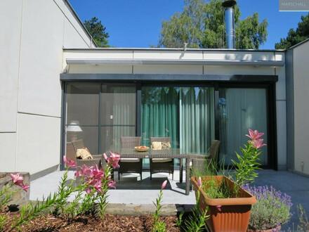 Familien-Haus mit romantischem Eigengarten und Gemeinschaftspool