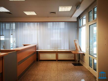 (Kosmetik-) Studio / (Therapie-) Räumlichkeiten / (Kunst-) Atelier - Geschäftslokal mit vielen (Adaptierungs-) Möglichkeiten!