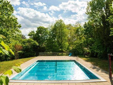 Loggia-Wohnung mit Pool & Sauna