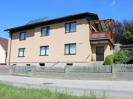 Sehr schönes Wohnhaus in Spielberg zu verkaufen, 2 Familien geeignet.