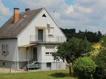 P&P: EINFAMILIENHAUS inkl. Wirtschaftsgebäuden (3-Kant-HOF)