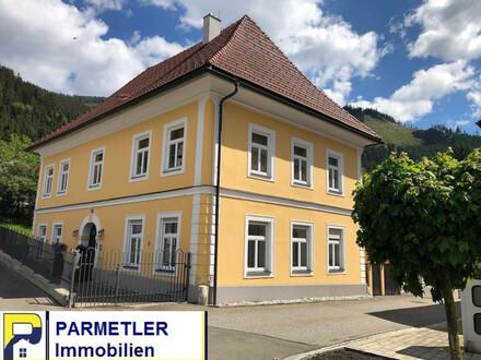 Herrenhaus im Bürgerbarockstil in zentraler Lage