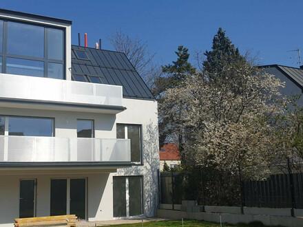 Designer-Architekten Maisonettewohnung im Dachgeschoss MIT GALERIE in Wien! Nahe Grenze Niederösterreich!