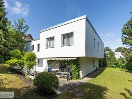 Großzügige, moderne Architekten-Villa in exclusiver Ruhelage