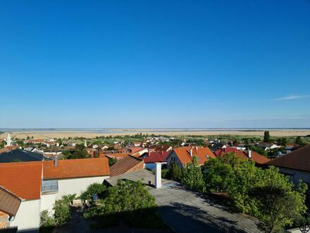 PAUL & Partner: Wohnen in Mörbisch am See. Terrasse und Garten inklusive.