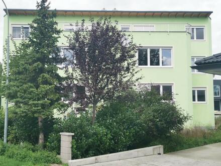 ERSTBEZUG: Doppelhaushälfte