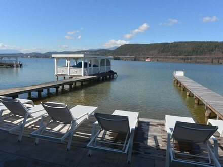 Velden/Wörthersee: SOMMER 2020 am Wörthersee -Exklusive Ferienwohnung mit Seeblick zur Miete mit Pool, eigener Badeplatz,…