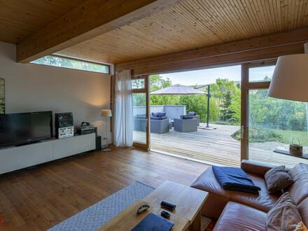 Naturjuwel in Passivhaus-Bauweise, Leben mitten in der grünen Natur, gebaut aus hochwertigsten Materialien