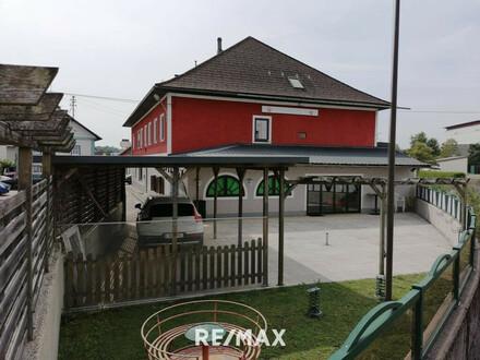 Gasthaus, Cafe, Bar mit großer Wohnung und Bungalow in Frankenburg !