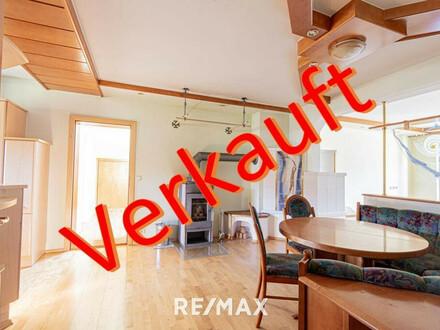 KAUFVEREINBARUNG!!! Bad Goisern: Große 5 Zimmer Dachgeschosswohnung mit Garage und Balkon