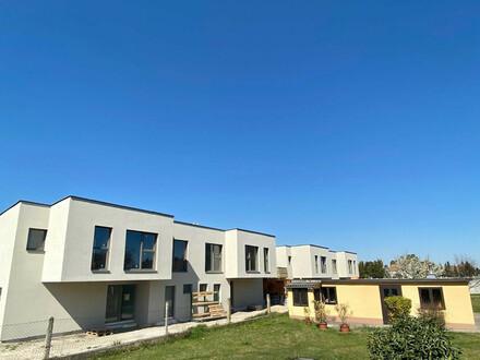 PROVISIONSFREI !!!! Doppelhaushälfte mit exzellenter Infrastruktur in Unterwaltersdorf