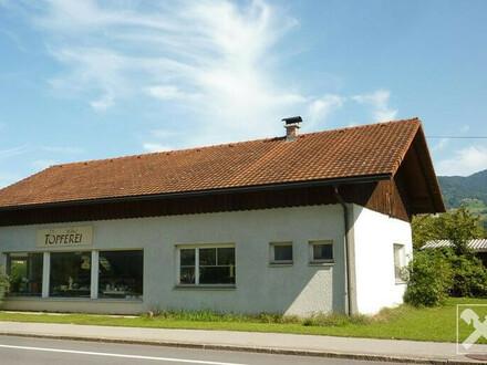 Dornbirn-Hatlerdorf: Haus mit Grundstück in guter Lage zu verkaufen