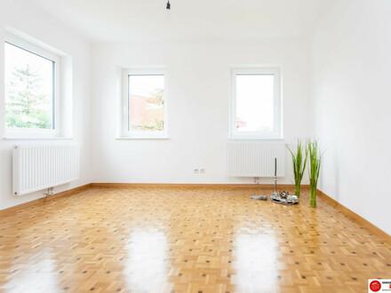 Schwechat: 4 Zimmer Mietwohnung im 1. Stock eines Einfamilienhauses mit großer Terrasse, neu saniert - Erstbezug!