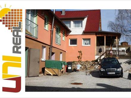- UNI-Real - Mehrfamilienhaus mit 5 Wohneinheiten