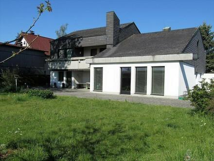 Villa in modernem Stil in wunderschöner Lage von Attnang-Puchheim