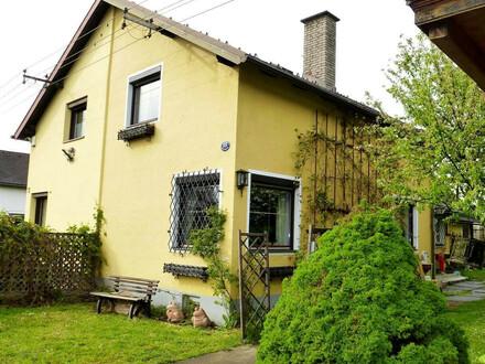 KLAGENFURT: Doppelhaus-Hälfte mit Garten