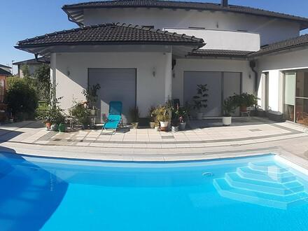 Wunderschönes Haus mit Gartenhaus Pavillon Terrasse und Pool in Gunskirchen Provisionsfrei